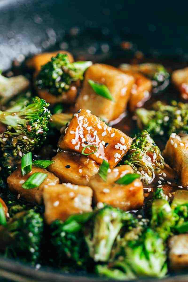 Crispy-Tofu-Broccoli-Stir-Fry